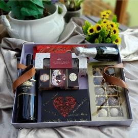 Caixa com alça de couro para presentes Ref. CR 006